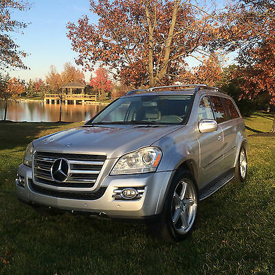 2009 Mercedes-Benz GL-Class  2009 Mercedes Benz GL Class GL550 All Wheel Drive 4Matic