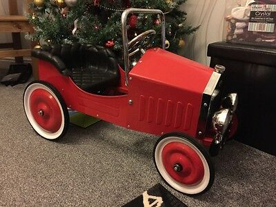 New Classic Vintage Style Red Pedal Car - RRP £149