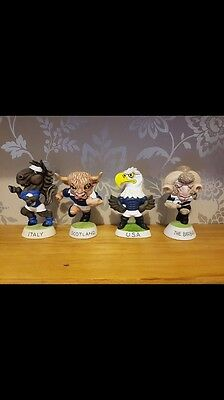 13 Mascot Groggs Mint condition