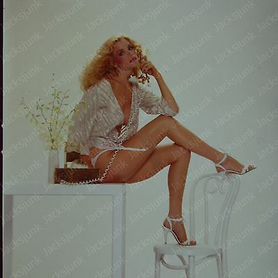 """1980s 2.25"""" Transparency Pretty Blonde Shannon Tweed   *z1h5"""