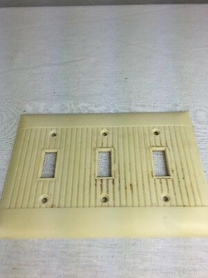 Vintage Sierra Ribbed 3 Gang Switch Outlet Cover Plate