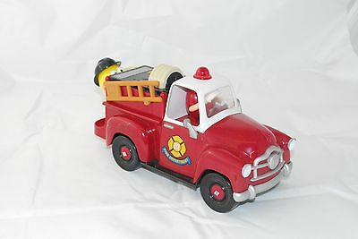 """11"""" RED Fire Truck LIMITED Edition FIRE ALARM M M YELLOW CANDY"""