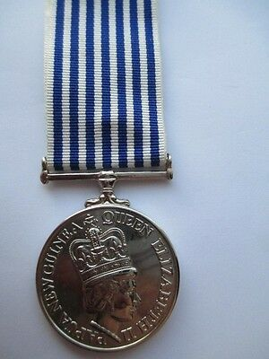 Papua New Guinea.  For Long and Good Service Medal. Queen Elizabeth II Obverse.