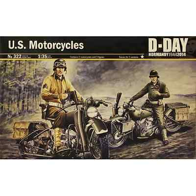 Italeri 1/35 WWII DDay U.S. Motorcycles Military Land Modelling Kit 0322