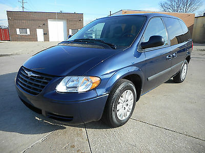 2006 Chrysler Town & Country NO RESERVE AUCTION 2006 Chrysler Town and Country - Low Miles - Extra Clean - Runs Like New!