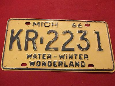 1966 Michigan Passenger Car License Plate: #KR-2231 Genesee County