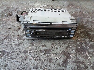 Hyundai Trajet 2.0 Crtd 03/04-Red Cd Player- Clarion Dx243Br