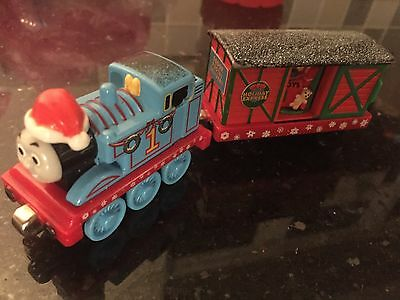 Thomas Take And Play Christmas Santa Thomas With Holiday Box Car