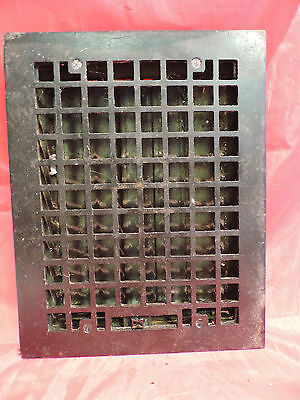 ANTIQUE CAST IRON HEATING GRATE SQUARE DESIGN 13.75 X 10.75      zx