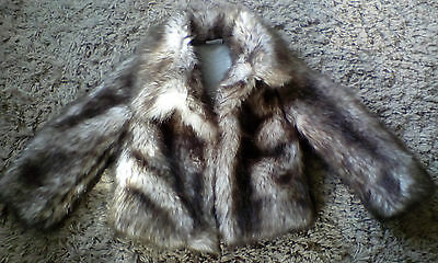 Very Fluffy & Cosy NEXT Faux Fur Coat 5-6 years Excellent condition