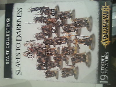 Warhammer Age Of Sigmar Start Collecting Slaves To Darkness Set - New & Sealed