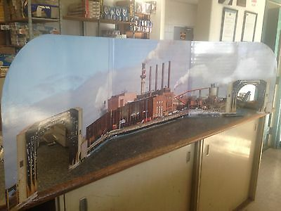 G Scale Lionel Industrial Diorama Double Sided With Tunnels 7-11141