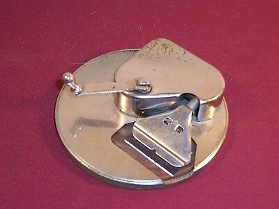 Vintage Kriss Kross Strop Razor Blade Sharpener Barber Shop Antique Gellett