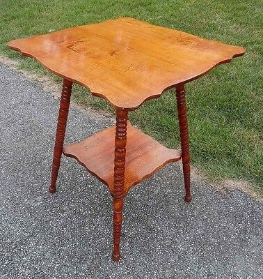 Vintage/Antique Solid Wood 2 Tier Parlor Side Accent Table/Turned Legs/Ball Feet