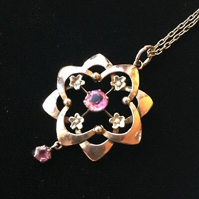 Pretty 9ct gold  Edwardian seed  pearl and pink stone pendant