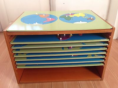 Wooden Montessori Puzzle Map Cabinet and 8 PUZZLE MAPS  Excellent Condition