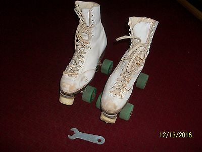 Vintage Chicago Custom Girl's Leather Hyde Roller Skates Size 4 Fo-Mac Wheels