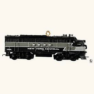 2008 Hallmark LIONEL TRAINS #13 Ornament NEW YORK CENTRAL LOCOMOTIVE *Priority