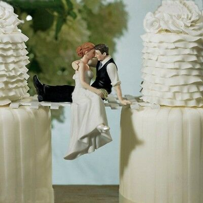 Bride and Groom Couple Wedding Cake Topper Love Favors Resin Figurine Decoration
