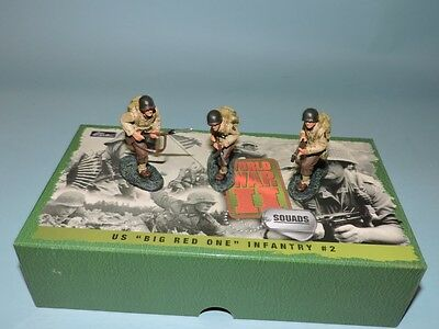 W. Britain Britains 54mm 1:32 US ARMY BIG RED ONE INFANTRY SOLDIERS 17457 MIB!