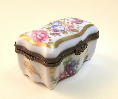 Antique French Limoges Porcelain Hand-painted Trinket Box.