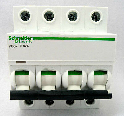 New Schneider small IC65N 4P D32A air circuit breaker switch