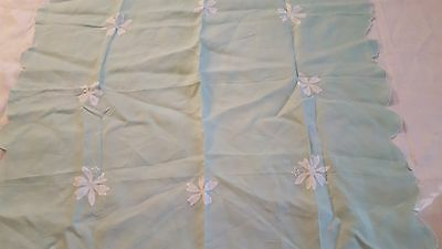 Floral white Madeira applique embroidered light linen tablecloth 33 x 34 vtg