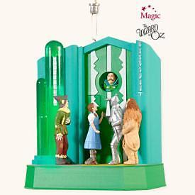 2008 Hallmark WIZARD OF OZ Magic Ornament WHO RANG THAT BELL? *Priority Ship*