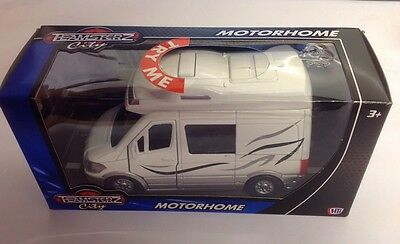 Teamsterz Diecast Motorhome Camping Car 1372826 - With Realistic Light &  Sounds