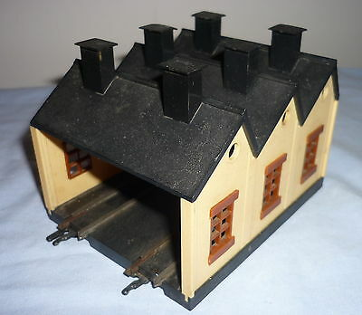 Triang Tt Gauge Twin Track Engine Shed T28