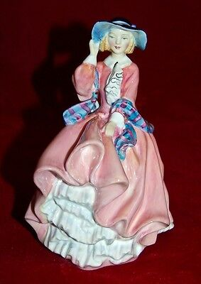 "ROYAL DOULTON  ""TOP OF THE HILL"" HN1849 Magnificent Figurine! Reg.325$"