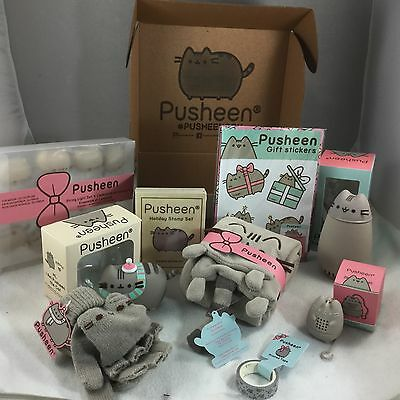 PUSHEEN Winter 2016 Christmas Holiday SEALED Box Vinyl Thermos Gloves Scarf ALL