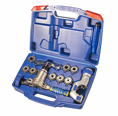 IWISS WK-519FT Eccentric Type Copper Pipe Flaring, Cutting, Deburring Tool Kit