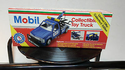Mobil Collectible Toy Truck 1995 Limited Collectors' Edition SERIES #3 BRAND NEW