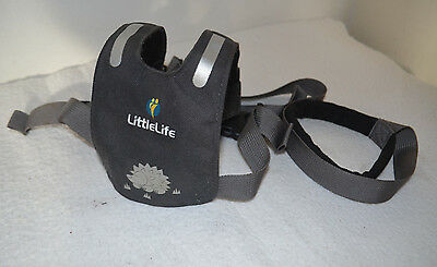 LittleLife Toddler Child Safety Harness with Detachable Safety Rein 1-4
