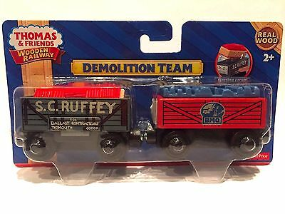 DEMOLITION TEAM Thomas Tank Engine Wooden Railway NEW IN BOX 2017 S.C RUFFEY S C