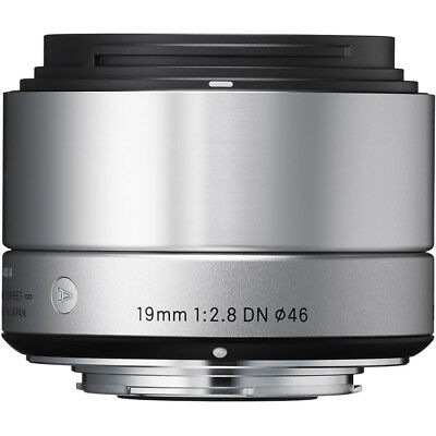 Sigma 19mm F2.8 DN 'A' Lens - Sony E Fit in Silver