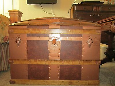 Antique Large Trunk for Storage Cedar Lined Interior 36 x 20 x 26