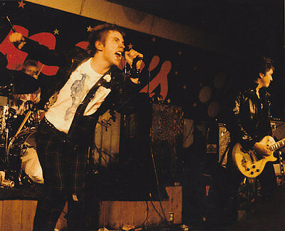 JOHNNY ROTTEN/ PAUL COOK/ STEVE JONES  SEX PISTOLS PUNK ROCK VINTAGE 8x10