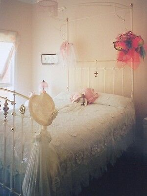 Victorian style Antique bed