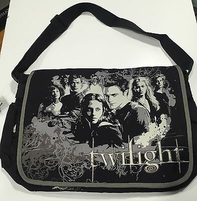 Twilight The Cullens  Messenger Bag Limited Edition Movie Memorabilia