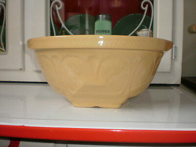 """Vintage TG Green Gripstand Mixing Bowl England 9"""""""