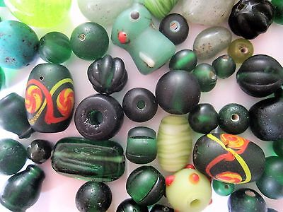 Loose beads. 60 Vintage glass green beads. 6mm - 20mm