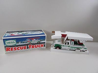 1994 Hess Toy Resue Truck ~  New in Box