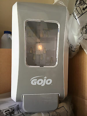 GOJO FMX-20 Dove Gray 2000ml Soap Dispenser 5270-06