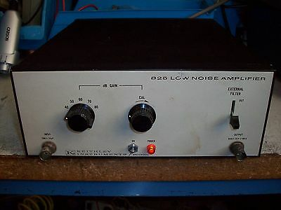 Keithley 825 Adjustable gain  Low Noise amplifier ----------------- CENTER ROOM