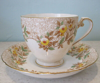 4 Stunning Vintage 30s/40s Grafton Cups And Saucers Floral Bone China Tableware