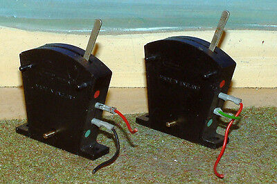 Hornby RO44 Point or signal switches. Block of 2. Black. No boxes.