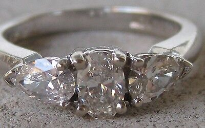 Egl Certified Oval Pear 1.00Tcw 3 Stone Diamond Ring 14K White Gold Us$4,115