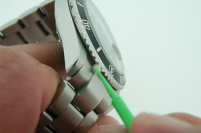 Micro-Detail Horostix Watch Link Cleaning tool for Shark Mesh Watch Bracelets